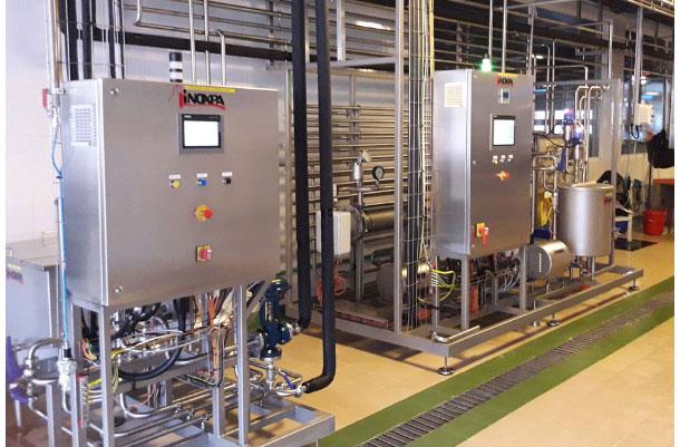 أجهزة تصنيع منتجات الألبان الألية.
